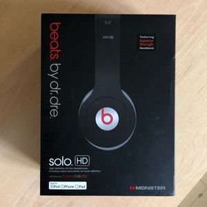 beats by dr. dre solo HD headphones